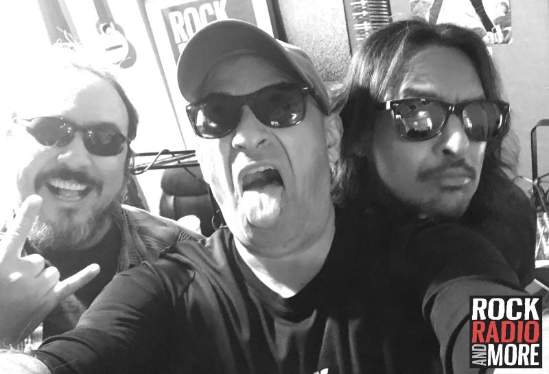 Miguel Rodriguez visito Rock Radio And More y nos platico de la historia de Andante, y sus inicios en Puerto Rico. Miguel es Super Chido y prefirio  hacer rock n roll que vivir en un mundo de vagancia.