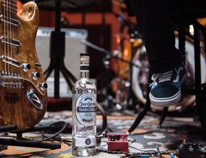 ¡Tequila Rocks with Fender y Cuervo!